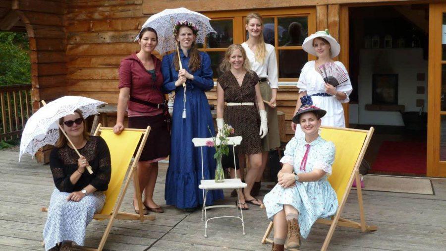 Junggesellinnenabschied-ganz-nostalgisch-jgaschwarzwaldfrauen