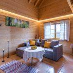jga-schwarzwald-holzhaus-wohnzimmer