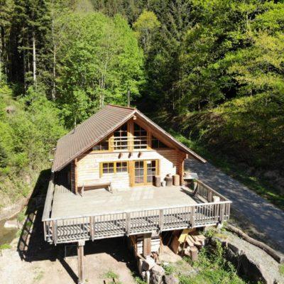 Blockhaus Hütte Flößerhaus, die Location für Teamtraining und Feiern